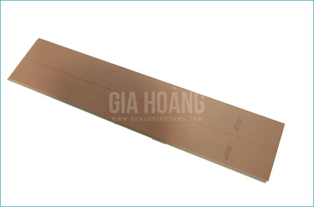 Mặt sau sàn gỗ Thaixin VG 10712