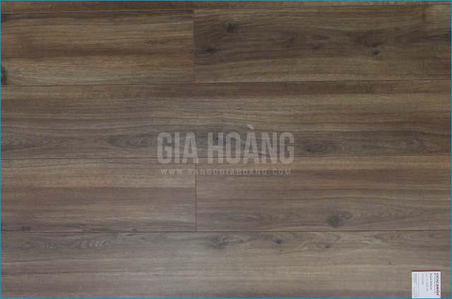 Sàn gỗ Thụy Sĩ Natural D2439 SA 12mm